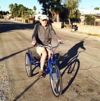 senior-on-trike