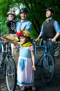 This family looks into the future with their imaginations at Summer PArkways 2014. Photo by Hank Greer.