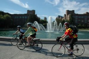 Bicyclists on University of Washington campus. Photo: University of Washington
