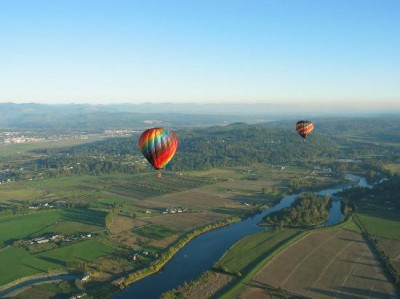 Hot air baloons over Snohomish River, Washington state