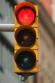traffic signal showing red light