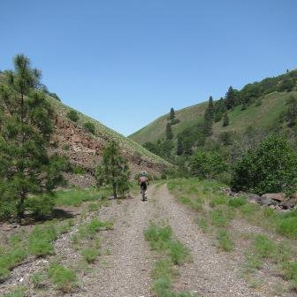 Climbing Swale Canyon