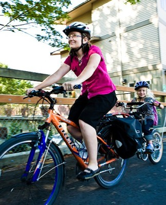 Family Bikes SBT_Mary and Izzie_ Aug 2008 (14)